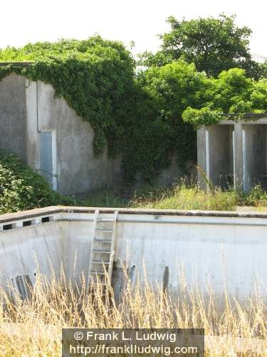 Disused Swimming Pool, Sligo
